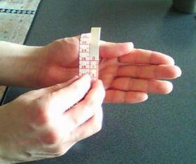 手周りの長さを測る