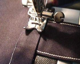 ミシンで縫って持ち手を固定する