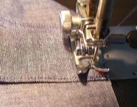 ショルダー縫い付け中
