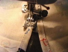 ミシンでコの字に縫う