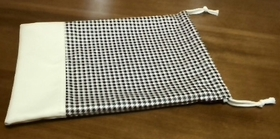 houndstooth drawstring pouch