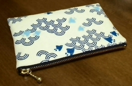 zippered pouch with wave and plovers