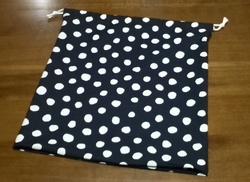 polka-dot drawstring pouch